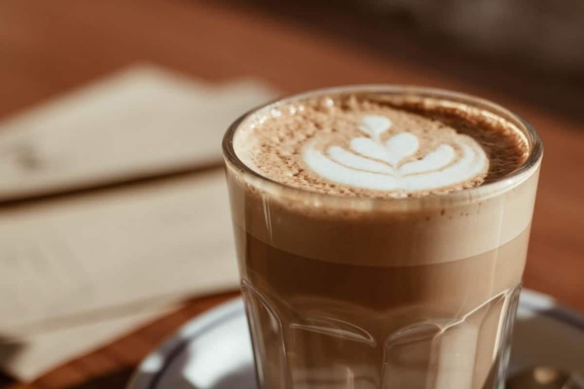 Piccolo coffee designed with Latte art.