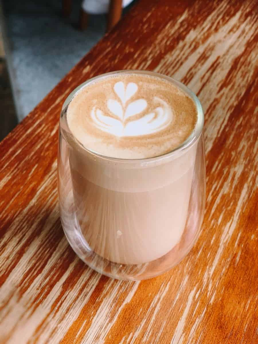 a glass of latte